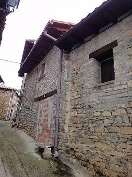 Casa en venta en Canal de Berdún, Huesca, Calle Baja, 69.500 €, 1 habitación, 1 baño, 224 m2