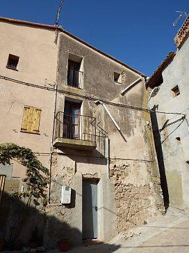 Casa en venta en Era del Lluciano, Lleida, Lleida, Calle Muralla, 25.700 €, 3 habitaciones, 1 baño, 87 m2