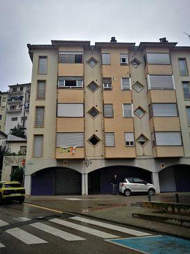 Piso en venta en Xalet del Robert, Torelló, Barcelona, Plaza Torners, 108.300 €, 4 habitaciones, 2 baños, 122 m2