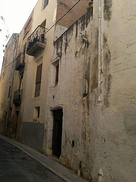 Piso en venta en Ulldecona, Tarragona, Calle Encomanda, 27.500 €, 2 habitaciones, 1 baño, 114 m2