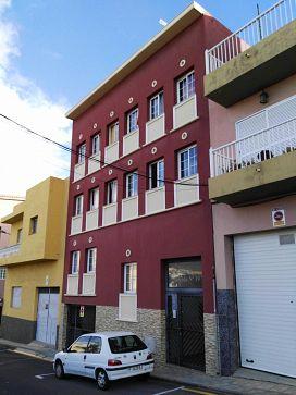 Piso en venta en San Cristobal de la Laguna, Santa Cruz de Tenerife, Calle Santa Marta, 69.000 €, 2 habitaciones, 1 baño, 76 m2