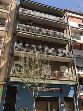 Piso en venta en Gandia, Valencia, Calle Abat Sola, 47.500 €, 3 habitaciones, 2 baños, 127 m2