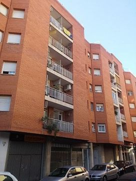 Piso en venta en Sant Josep Obrer, Reus, Tarragona, Calle del Gas, 75.000 €, 2 baños, 90 m2