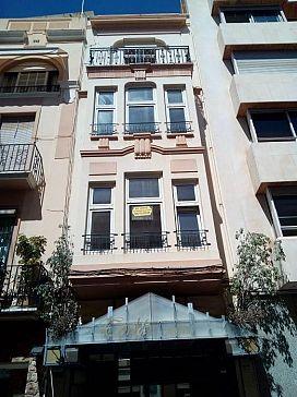 Piso en venta en Castellón de la Plana/castelló de la Plana, Castellón, Calle Alloza, 91.040 €, 4 habitaciones, 148 m2
