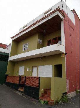 Piso en venta en Tacoronte, Santa Cruz de Tenerife, Calle Juan Perez, 136.200 €, 3 habitaciones, 1 baño, 163 m2