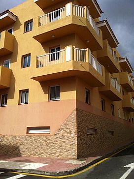 Piso en venta en Arona, Santa Cruz de Tenerife, Calle Costa Rica, 69.600 €, 2 habitaciones, 1 baño, 50 m2