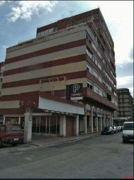 Piso en venta en Vilatenim, Figueres, Girona, Calle Port Lligat, 128.900 €, 3 habitaciones, 1 baño, 134 m2
