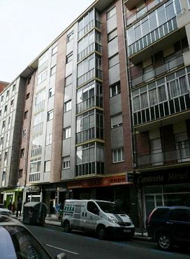 Piso en venta en Vitoria-gasteiz, Álava, Calle Domingo Beltran de Otazu, 150.000 €, 3 habitaciones, 1 baño, 93 m2
