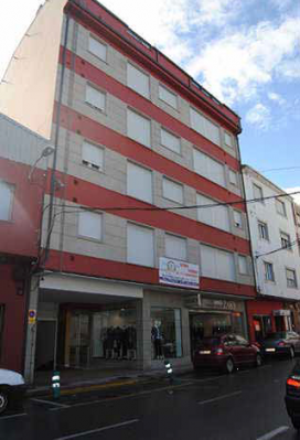 Piso en venta en Burela, Lugo, Calle Curros Enríquez, 64.000 €, 3 habitaciones, 2 baños, 95 m2