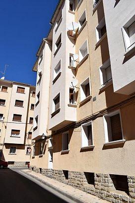 Piso en venta en Sabiñánigo, Huesca, Calle Marques de Urquijo, 54.700 €, 3 habitaciones, 1 baño, 78 m2