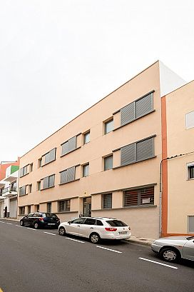 Piso en venta en Coto de Caza, San Cristobal de la Laguna, Santa Cruz de Tenerife, Calle San Lorenzo, 137.025 €, 3 habitaciones, 2 baños, 140 m2