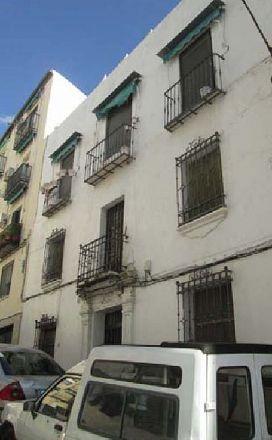 Piso en venta en Jaén, Jaén, Calle Arco Puerta de Granada, 48.000 €, 2 habitaciones, 1 baño, 90,8 m2