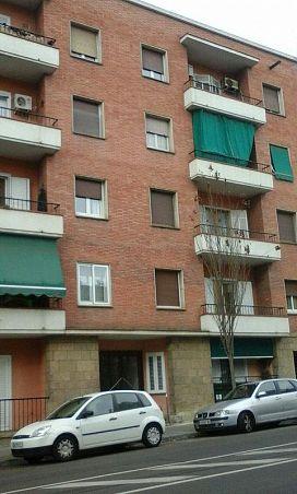 Piso en venta en Valldaura, Manresa, Barcelona, Calle Francesc Moragues, 84.000 €, 3 habitaciones, 1 baño, 84 m2