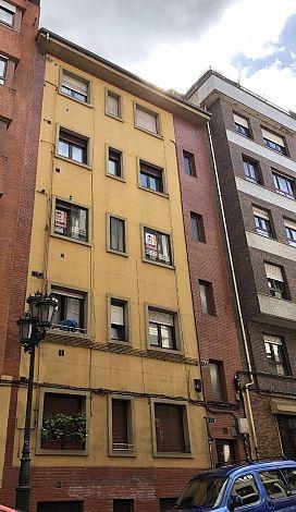 Piso en venta en Las Campas Y San Claudio, Oviedo, Asturias, Calle Monte de Sueve, 40.000 €, 3 habitaciones, 1 baño, 80 m2
