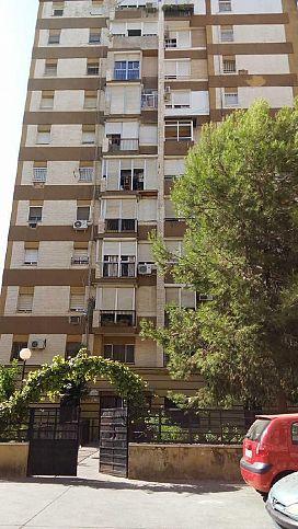 Piso en venta en Distrito Macarena, Sevilla, Sevilla, Calle Virgen de Escardiel, 71.000 €, 3 habitaciones, 1 baño, 84 m2