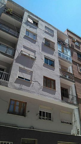 Piso en venta en Nueva Almería, Almería, Almería, Calle Manuel de Gongora, 58.100 €, 3 habitaciones, 1 baño, 91 m2