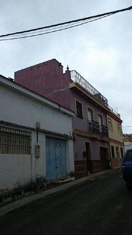 Casa en venta en Guillena, Sevilla, Calle Picasso, 98.200 €, 2 habitaciones, 2 baños, 172 m2