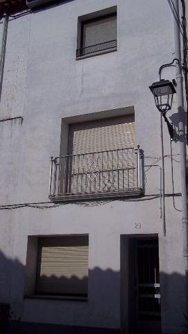 Piso en venta en El Carreiró, Les Planes D`hostoles, Girona, Calle del Pla, 109.500 €, 4 habitaciones, 2 baños, 132 m2