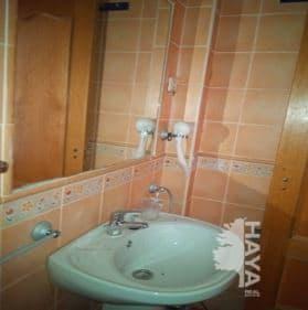 Piso en venta en Torrelaguna, Torrelaguna, Madrid, Calle de la Cabeza, 106.000 €, 2 habitaciones, 1 baño, 74 m2