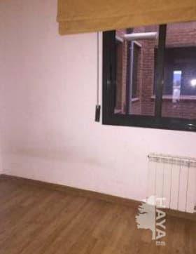Piso en venta en Piso en Figueres, Girona, 174.065 €, 4 habitaciones, 2 baños, 144 m2