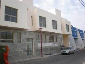 Piso en venta en Barrio Fabelo, Puerto del Rosario, Las Palmas, Calle Isaac Peral, 114.500 €, 3 habitaciones, 1 baño, 88 m2