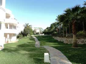 Piso en venta en Barriada Islas Canarias, Estepona, Málaga, Urbanización Murillo, 163.800 €, 2 habitaciones, 2 baños, 99 m2