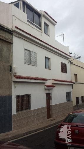 Piso en venta en San Cristobal de la Laguna, Santa Cruz de Tenerife, Calle Arrocha Y Guillama, 56.000 €, 3 habitaciones, 1 baño, 62 m2