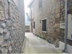 Casa en venta en Hoz de Mena, Valle de Mena, Burgos, Calle Santiago, 44.800 €, 3 habitaciones, 1 baño, 90 m2