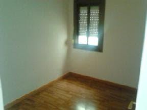 Piso en venta en Les Roquetes del Garraf, Sant Pere de Ribes, Barcelona, Calle Almogavers, 83.784 €, 3 habitaciones, 2 baños, 105 m2