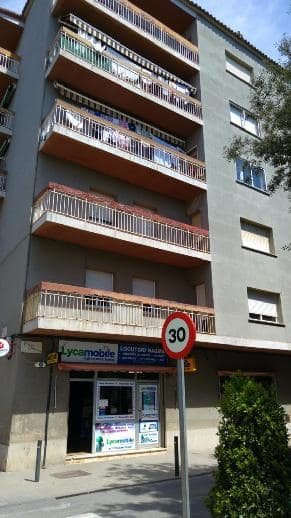 Piso en venta en Figueres, Girona, Calle Peixos, 90.388 €, 4 habitaciones, 1 baño, 129 m2