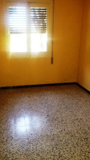 Piso en venta en Salou, Tarragona, Calle Vendrell, 84.652 €, 4 habitaciones, 1 baño, 83 m2
