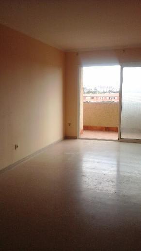 Piso en venta en Tarragona, Tarragona, Calle Cassen, 88.700 €, 4 habitaciones, 2 baños, 104 m2
