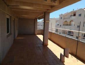 Piso en venta en Piso en Torrevieja, Alicante, 109.000 €, 3 habitaciones, 2 baños, 124 m2