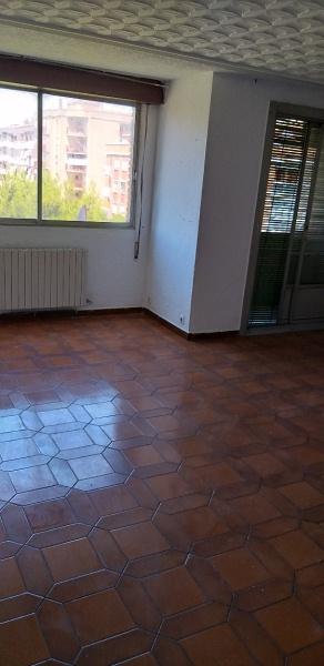 Piso en venta en Las Fuentes, Zaragoza, Zaragoza, Calle Leopoldo Romero, 73.000 €, 2 habitaciones, 1 baño, 71 m2