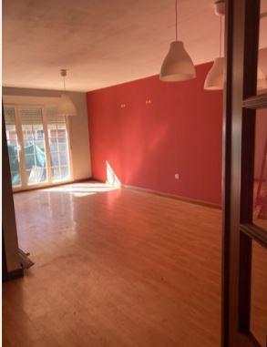 Casa en venta en Cembranos, Chozas de Abajo, León, Calle Maestro Gregorio Alonso, 119.000 €, 3 habitaciones, 2 baños, 140 m2