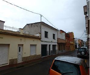 Casa en venta en Sant Feliu de Guíxols, Girona, Calle Valencia, 160.000 €, 3 habitaciones, 2 baños, 141 m2