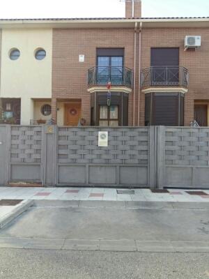 Piso en venta en Alovera, Guadalajara, Calle Brihuega, 195.000 €, 4 habitaciones, 3 baños, 248 m2