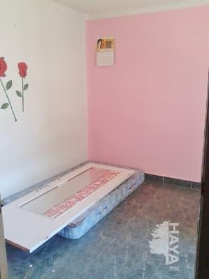 Piso en venta en Castejón de Ebro, Castejón, Navarra, Plaza Arturo Serrano, 39.000 €, 3 habitaciones, 2 baños, 87 m2
