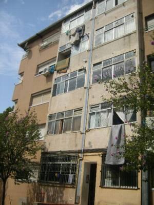 Piso en venta en Creu de Conill, Terrassa, Barcelona, Calle Guadiana, 39.950 €, 2 habitaciones, 1 baño, 80 m2