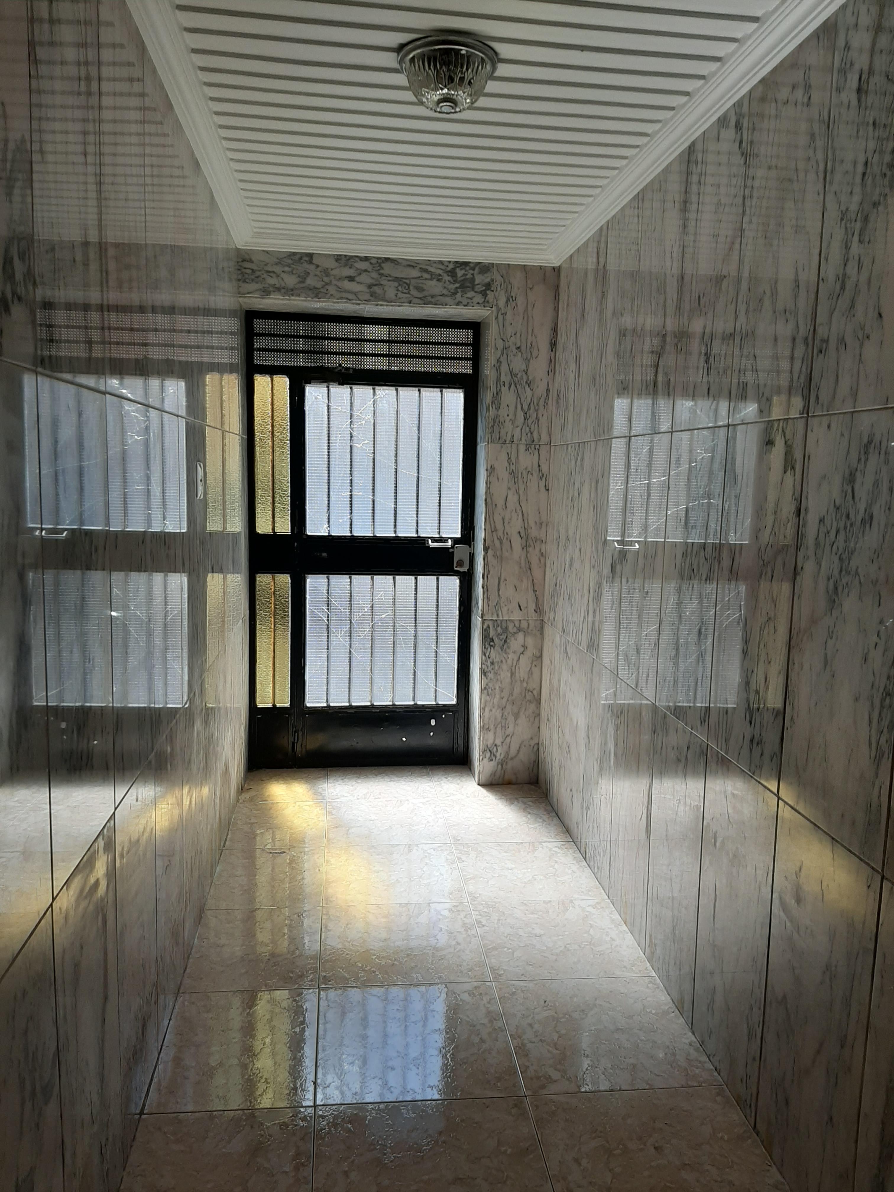 Piso en venta en El Pla de Sant Josep, Elche/elx, Alicante, Calle del Capità Baltasar Tristany, 56.000 €, 4 habitaciones, 1 baño, 107 m2