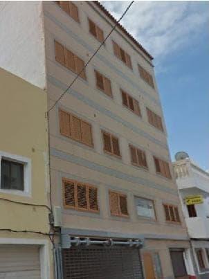 Piso en venta en Vecindario, Santa Lucía de Tirajana, Las Palmas, Calle Faycan, 33.000 €, 1 habitación, 2 baños, 51 m2