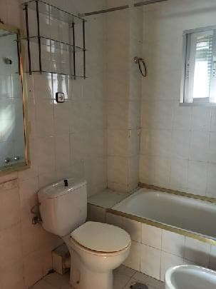 Piso en venta en Alcalá de Henares, Madrid, Plaza del Barro, 91.625 €, 3 habitaciones, 1 baño, 89 m2