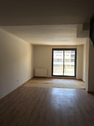 Piso en venta en Piso en Alcalá de Henares, Madrid, 166.000 €, 2 habitaciones, 2 baños, 125 m2, Garaje
