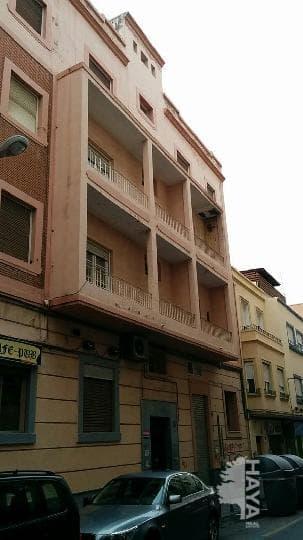 Piso en venta en Almería, Almería, Calle San Leonardo, 84.000 €, 2 habitaciones, 2 baños, 73 m2