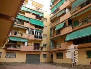 Piso en venta en Alicante/alacant, Alicante, Pasaje General Prim, 52.375 €, 3 habitaciones, 1 baño, 96 m2