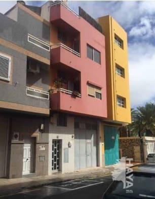 Piso en venta en Vecindario, Santa Lucía de Tirajana, Las Palmas, Calle Tiajarafe, 96.480 €, 3 habitaciones, 1 baño, 82 m2