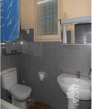 Piso en venta en Castellón de la Plana/castelló de la Plana, Castellón, Avenida Almazora, 37.000 €, 3 habitaciones, 1 baño, 85 m2