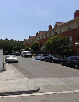 Piso en venta en Can Forns, Sant Vicenç de Castellet, Barcelona, Calle Lola Anglada, 150.000 €, 3 habitaciones, 2 baños, 154 m2
