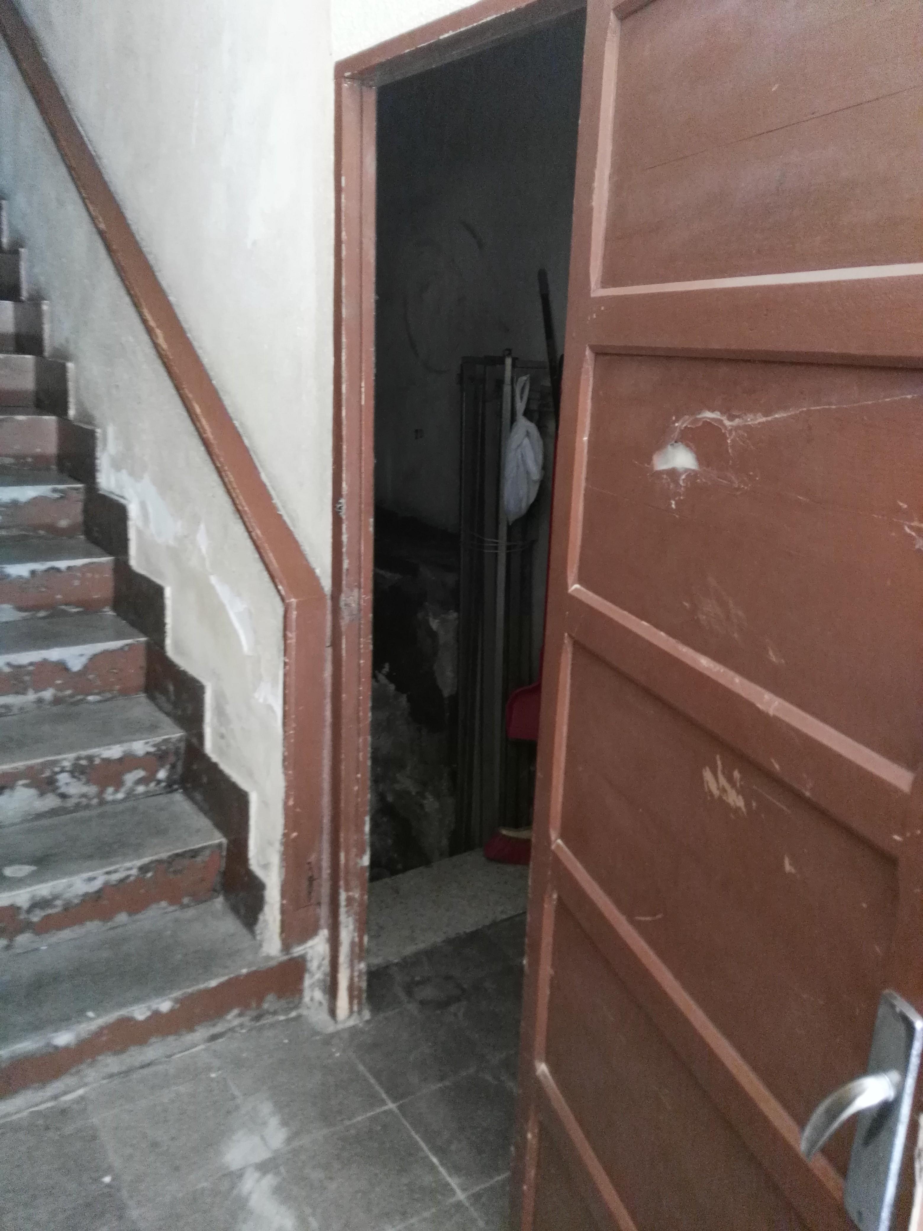Piso en venta en Langreo, Asturias, Calle Alcalde Gil Rodríguez, 32.000 €, 3 habitaciones, 1 baño, 71 m2