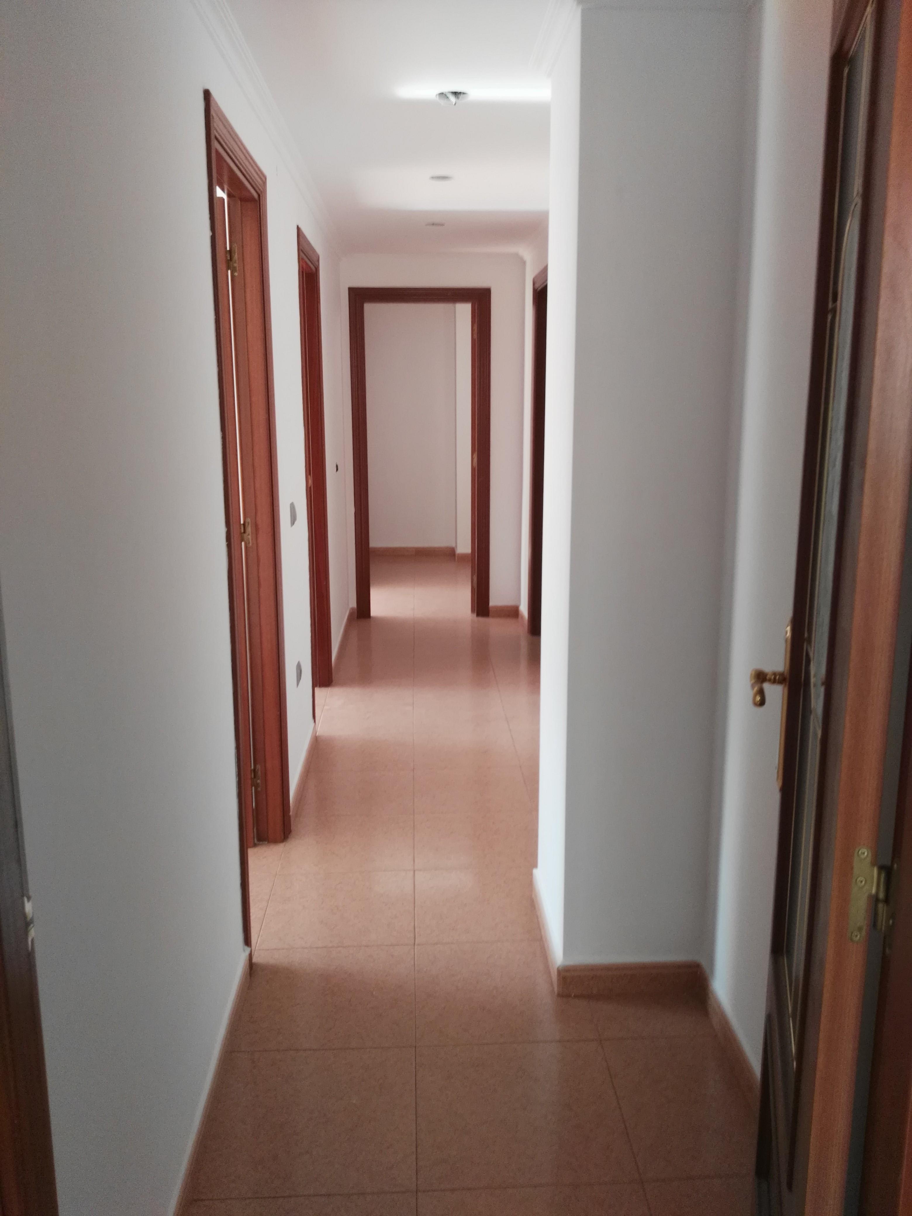 Piso en venta en Piso en Castellón de la Plana/castelló de la Plana, Castellón, 117.000 €, 3 habitaciones, 2 baños, 110 m2